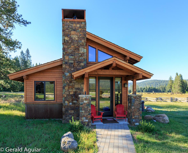 Highlands Ranch Resort Cottage