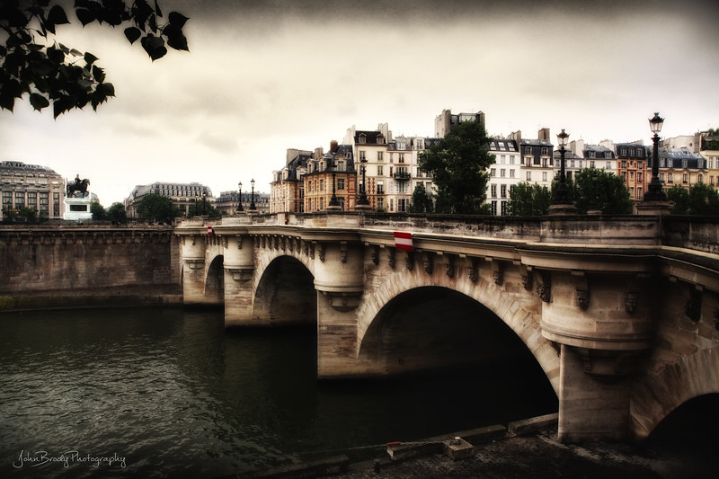 Pont Neuf Bridge in Paris.  - JohnBrody.com / John Brody Photography