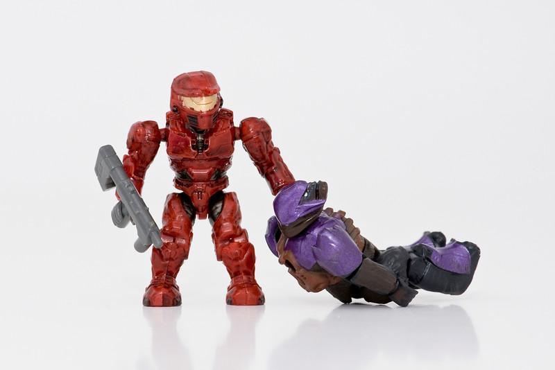 Mini Chief drags Mini Brute