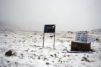 Kunzum Pass 4500m/14770ft