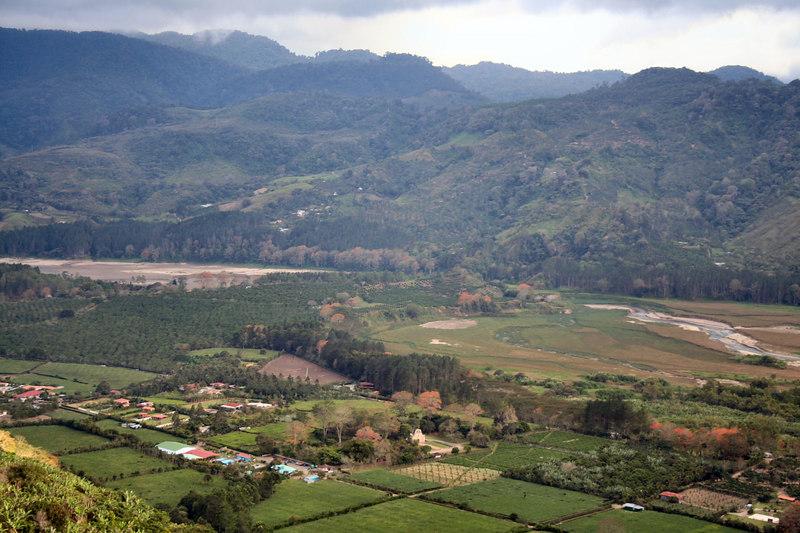 The beautiful valley of Cachi.<br /> <br /> El hermoso valle de Cachi.