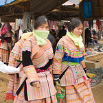 Flower Hmong at the Market -0333