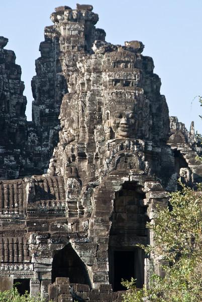 2008_02_25_South_gate_Angkor_Thom-3309
