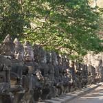 2008_02_25_South_gate_Angkor_Thom-3272