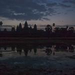 2008_02_25_Sunrise_at_Angkor_Wat-3485