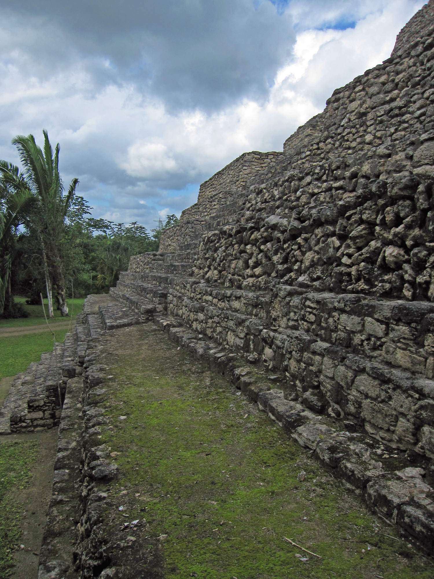 Chacchoben is a Mayan ruin along the Costa Maya route, it's easily accessible to visit and not as crowded as Tulum or Chichen Itza.