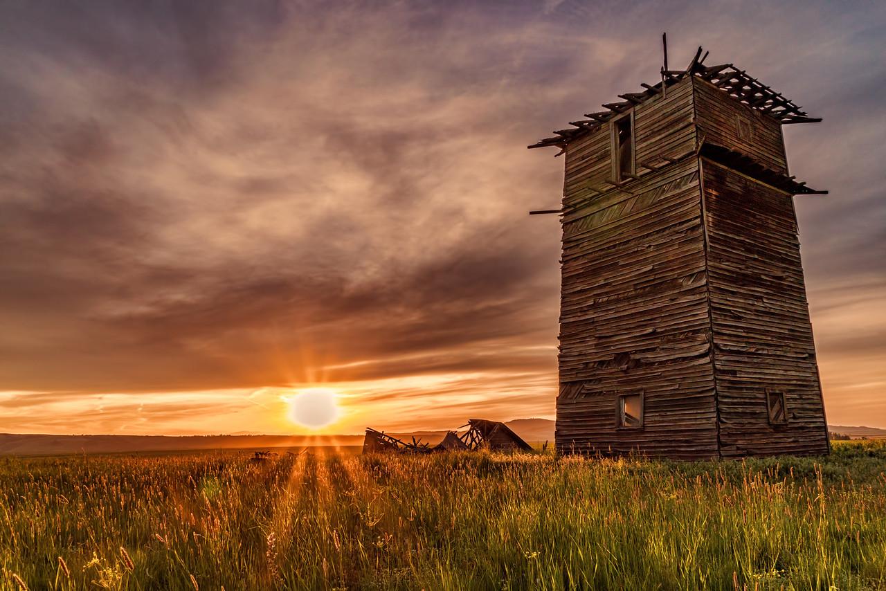 sunset on old homestead