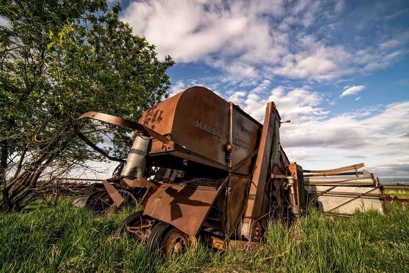 Harvester Side