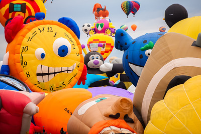 Balloon melee!  2014 Albuquerque International Balloon Fiesta (Festival).