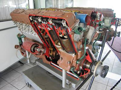 Maybach HL 230 P3012