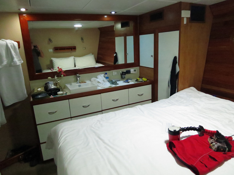 Nai'a  Stateroom. King size bed and all en-suite modern conveniences.