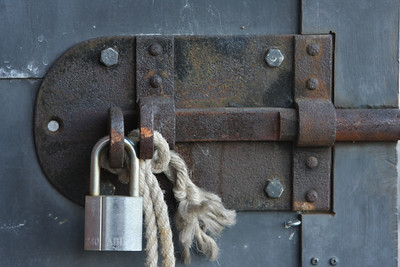 Lock and rope