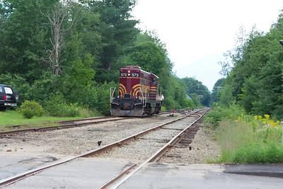 Next EMD GP-7 runs around to pull the Valley train south.