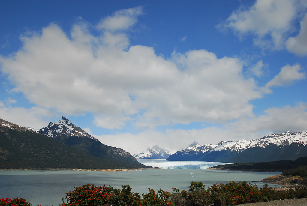 Arriving at Los Glaciers National Park and the Perito Moreno glacier lake.