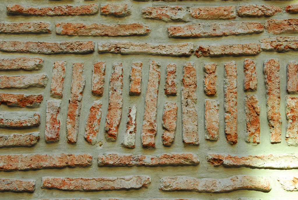 El Zanjon filled in walls