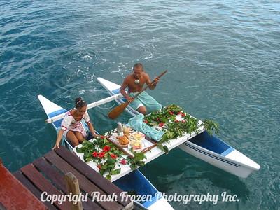 Room Service Papeete, Tahiti 2005