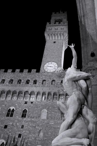 Florence-PiazzadellaSignoria3
