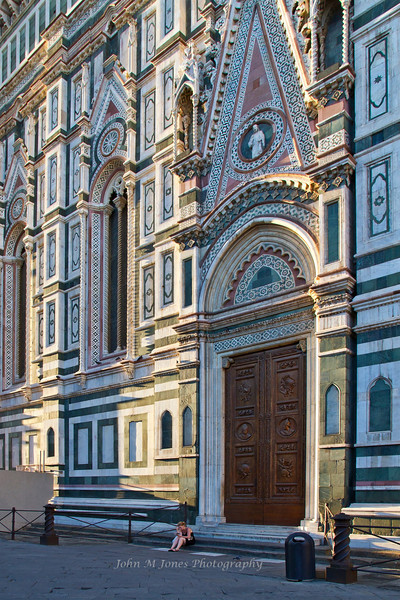 Side entrance to Santa Maria del Fiore or the Duomo, Florence, Firenze, Italy