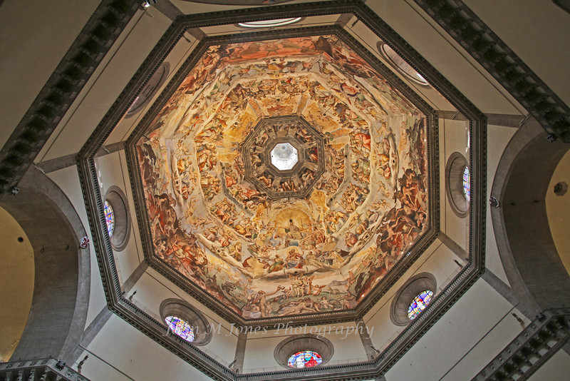 Frescoes of the last judgment on the interior of the dome by Giorgio Vasari and Federico Zuccari, Santa Maria del Fiore, or Duomo, Florence, Firenze, Italy