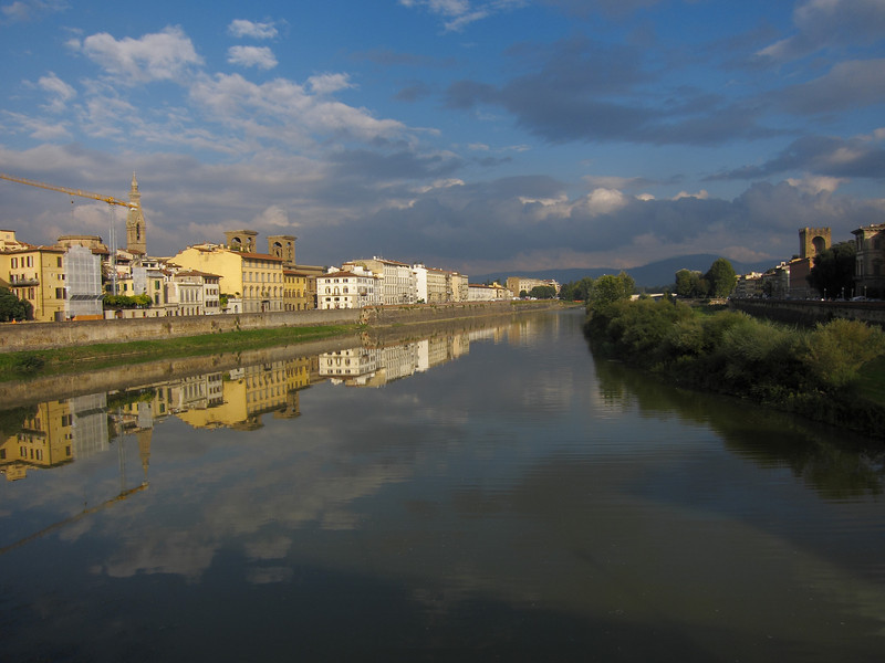 looking up the Arno from Ponte Alle Grazie