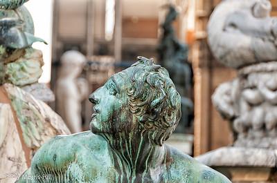 Statues outside Palazzo Vechhio