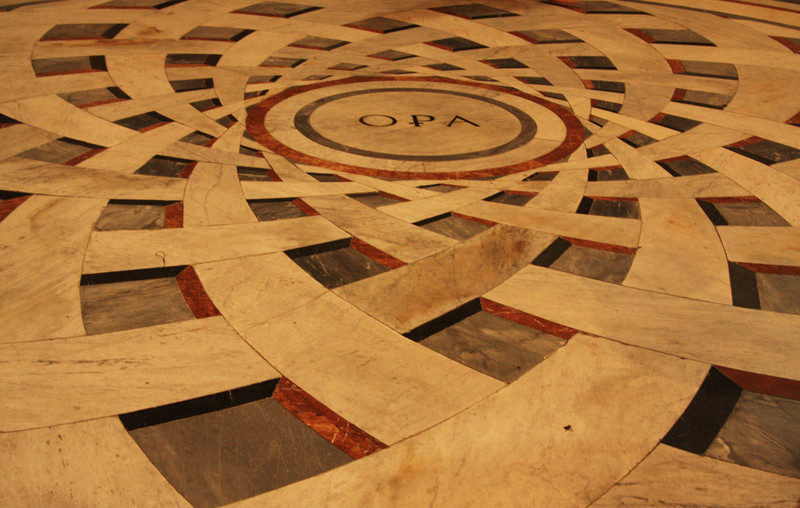 Floor at the Duomo.