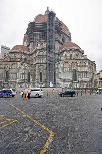 Maintenance on the Duomo
