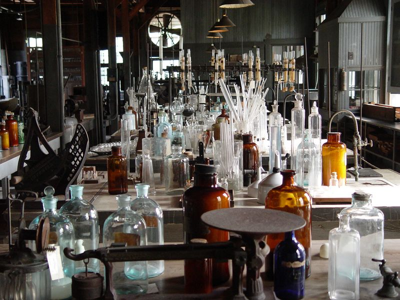 <b>Edison's Laboratory</b> - The chemical laboratory is one of the most absorbing features of the Edison Estate. Here, workers helped Edison in his research on goldenrod as a source of natural rubber. (January 22, 2005)