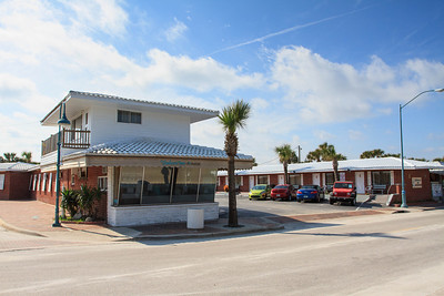 Seahorse Inn / Hotel For Sale