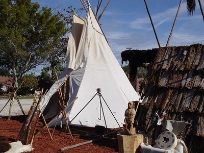 Florida:  Miccosukee Arts Festival / Indian Village