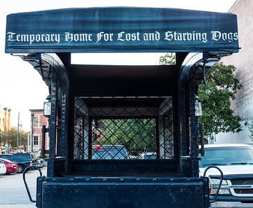 Prop for Lady And The Tramp, being filmed in Savannah.