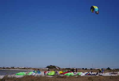 Wind surfing/kiting