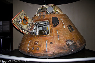 Apollo 14 capsule - Kennedy Space Center