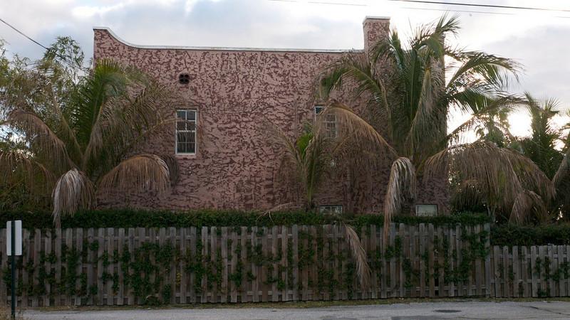 West Palm Beach house, stucco