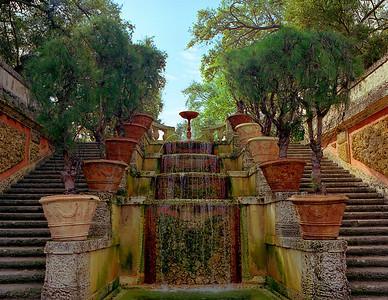 Venetian Gardens 46 RS