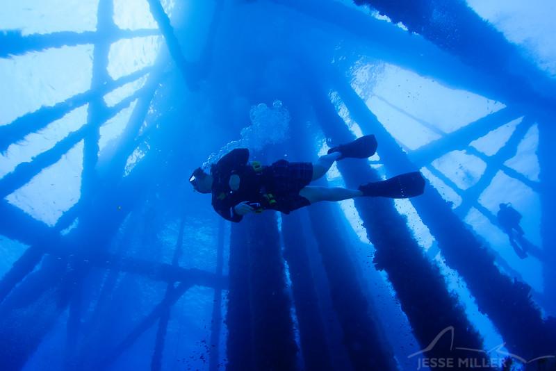 Diver - Dive 3 of 7 - Oil Rig 389-A