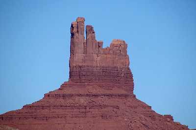 1/15/07 - Thanks to the 12x telephoto, individual formations could be photographed separately.