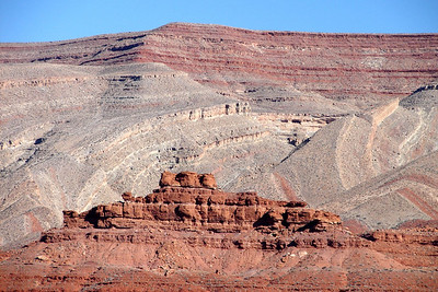 1/15/07 - More of the rock formations to be seen in the vicinity of Mexican Hat Rock.