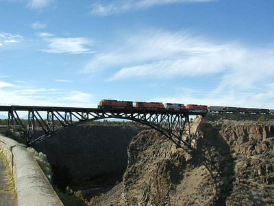 10/15/01 - Train crossing the bridge over the Crooked River near Terrebonne, Oregon.