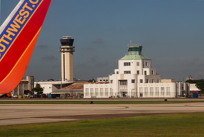We taxi past the lovely old 1940 Air Terminal Museum at Hobby Airport