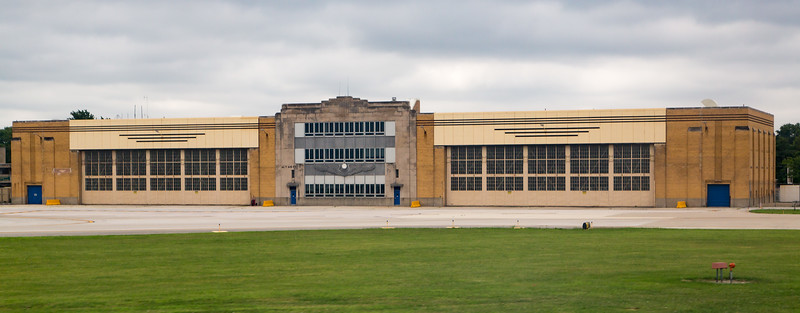 Another 1940 building:  Chicago's old Air National Guard building.