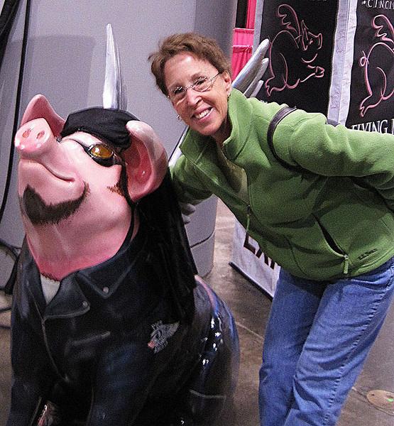 Cool biker pig dude!!  He even has a do-rag on!