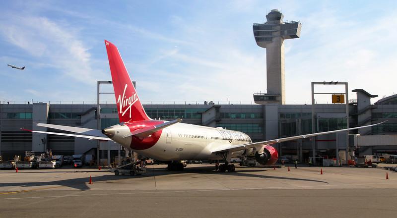 A Virgin Atlantic Airbus 320