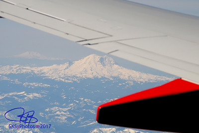 Mt. Rainier.  That's Mt. St. Helens in the background.