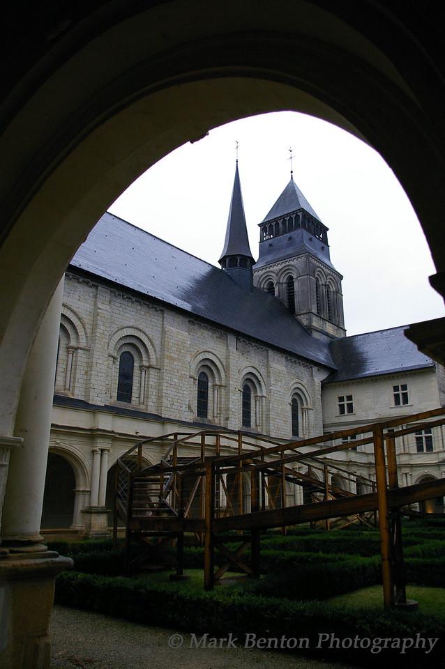 Courtyard Gardens Fontevraud Abbey