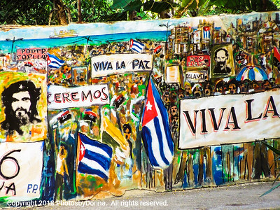 Another colorful - and political - mural in Havana