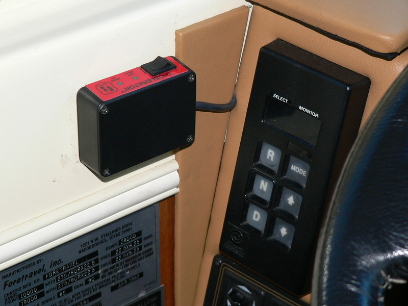 Control switch for U.S.Gear D-Celerator Super-Duty exhaust brake.