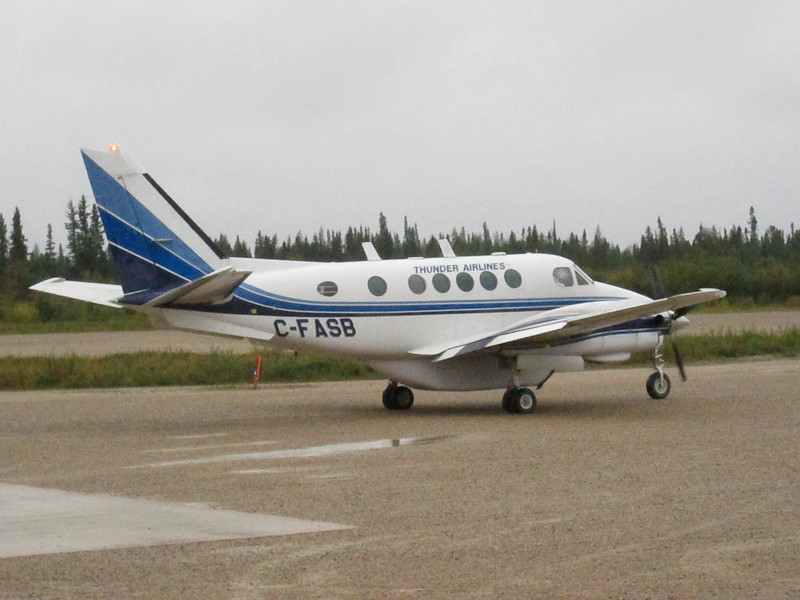 Thunder Air C-FASB departing Fort Albany