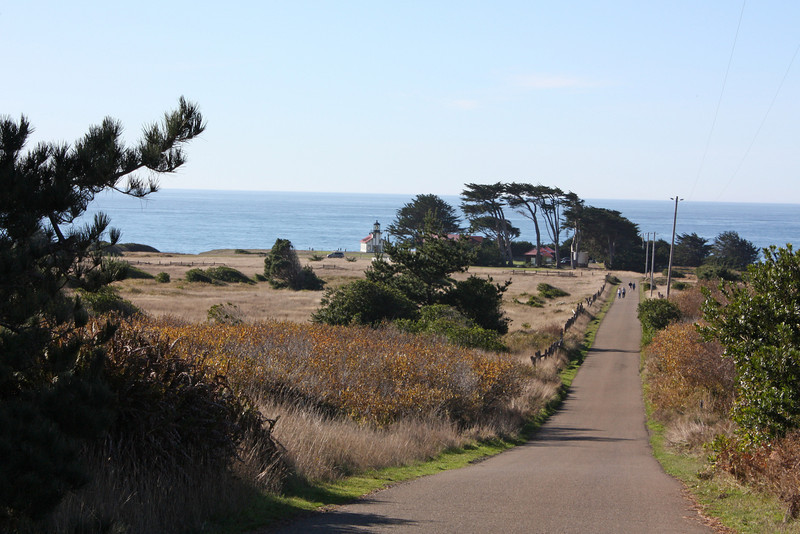The road down to the light station