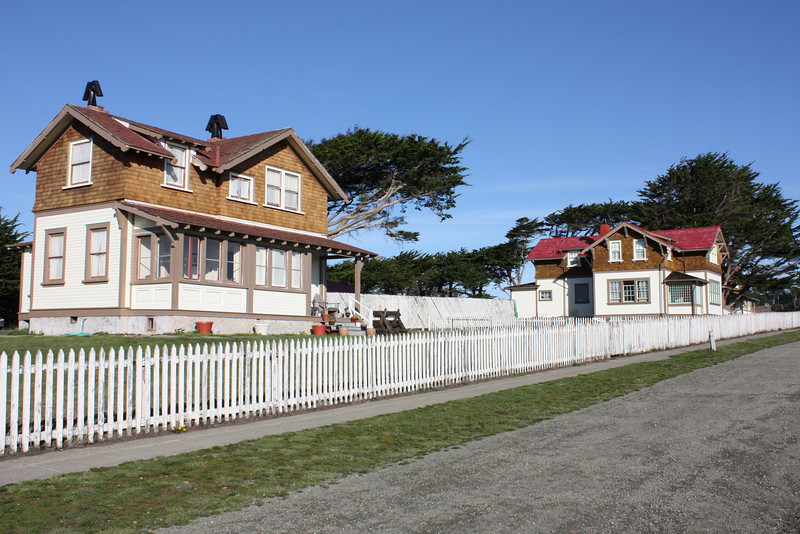 Point Cabrillo Inn  (head light keeper's house)